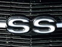 Sucp_0806_10_z 1969_chevy_el_camino SS_badge