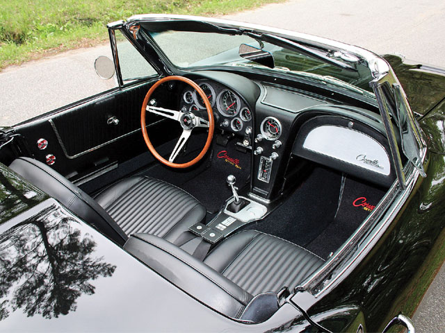 Vemp_0809_03_z 1964_chevrolet_corvette Interior