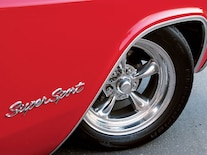0512chp_06_z 1965_chevy_impala_ss American_racing_wheels