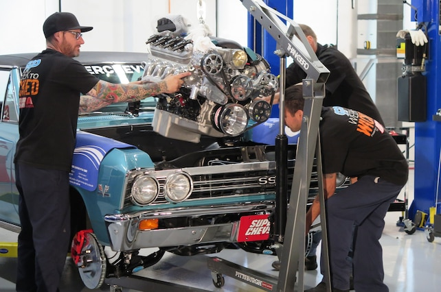 001 1967 Chevelle Week To Wicked 427 Engine Install