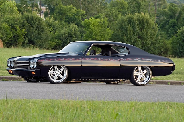 1 1970 Chevrolet Pro Touring Chevelle Side View