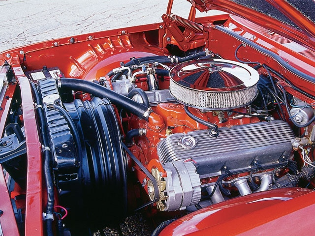Sucp_0111_06_z 1961_chevy_station_wagon 396_engine
