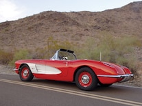 Corp_0808_12_z 1960_corvette Side_view