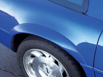 Corp_0809_04_z 1995_chevrolet_corvette_coupe Fender Flares