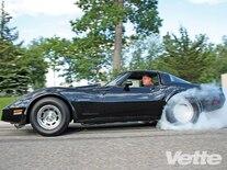 Vemp_0902_07_z 1982_chevrolet_corvette Burnout