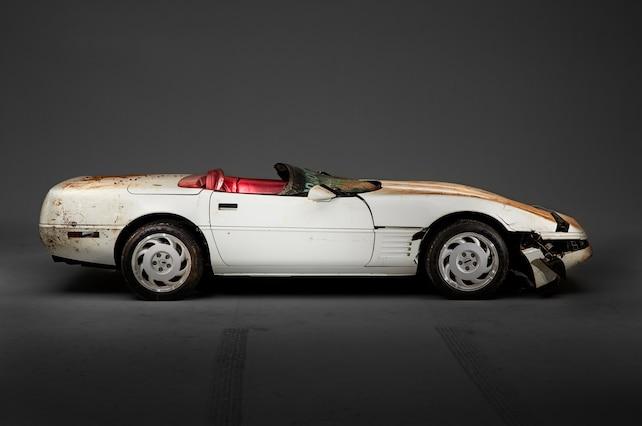 1992 Chevrolet Corvette Millionth Ncm Sinkhole 01