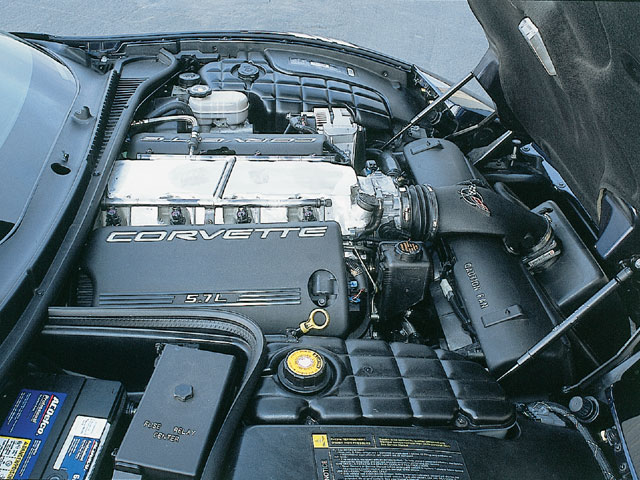 Vemp_0203_03_z 1999_chevrolet_corvette Big_block_engine