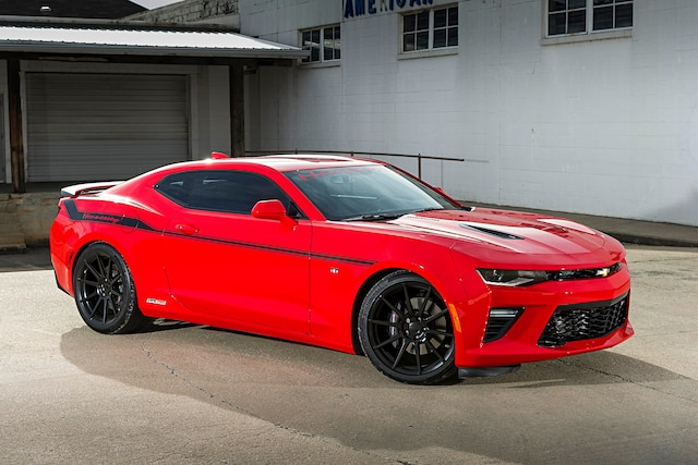 2016 Chevrolet Camaro Ss Hennessey 200 Mph Red Front Quarter View 001