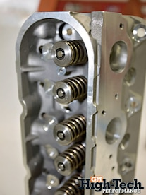 0904gmhtp_04_z Cylinder_head_springs_closeup Patriot_extreme_dual_springs