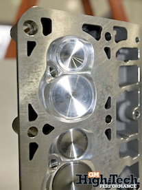 0904gmhtp_05_z Cylinder_head_ports Closeup_of_ports