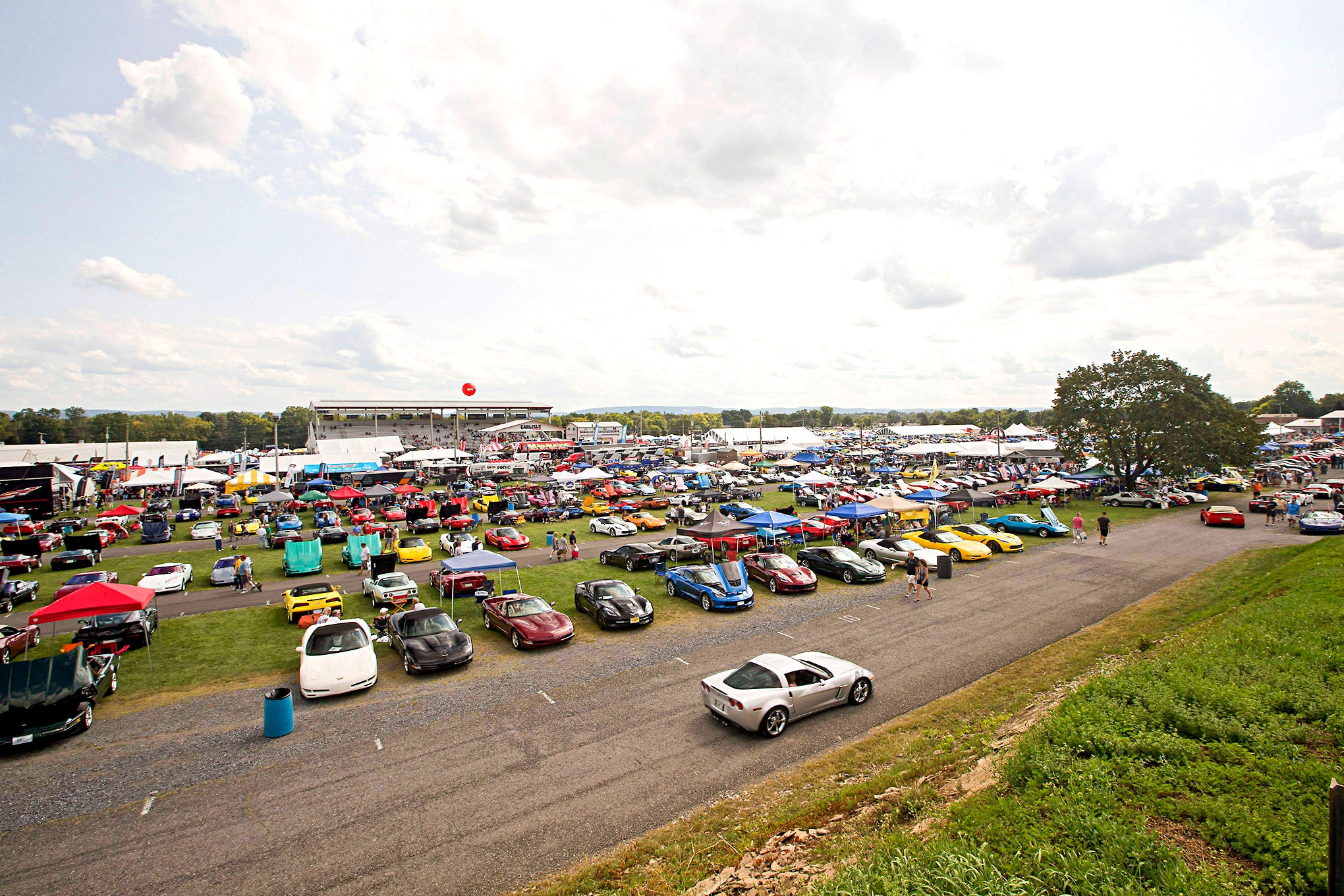 May 31 - June 2, at the Carlisle PA Fairgrounds In addition to the competition among the cars on the Ford Nationals NPD Showfield, there is a battle.