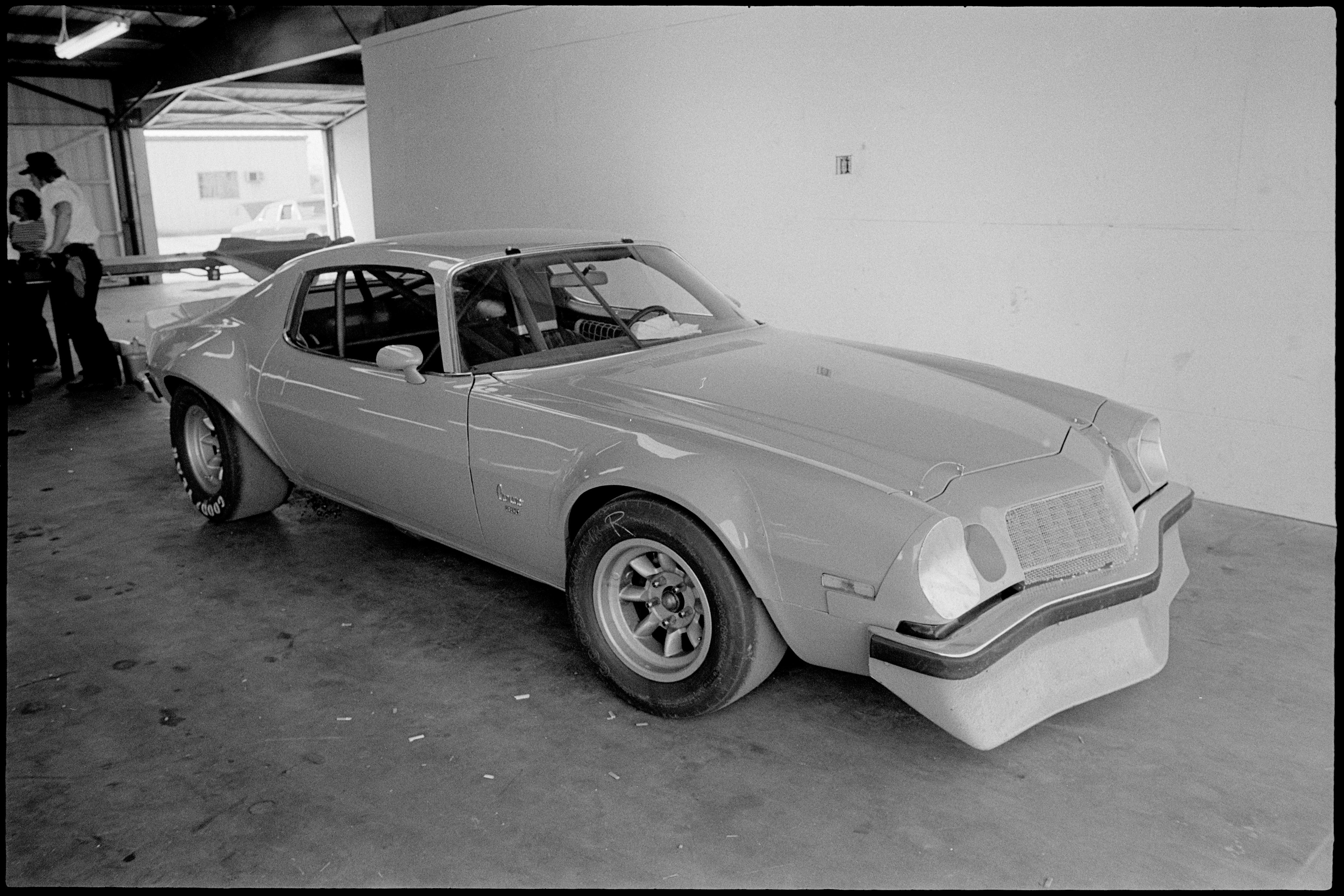 002 Archive Penske Iroc 1974 Chevrolet Camaro In Garage