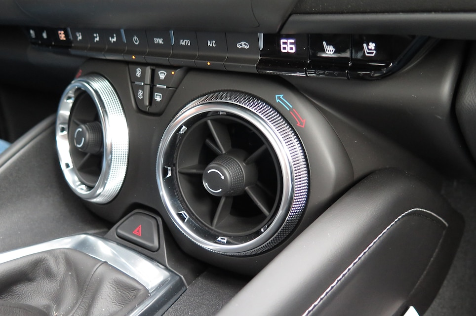 6 2016 Camaro Ss Interior Features Climate Controls Console