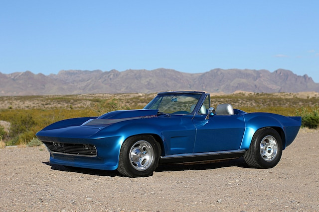 001 1966 Chevrolet Corvette Front Three Quarter