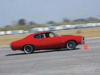 Sucp_0902_06_z Bmr_1971_chevy_chevelle In_action