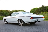 Pro Street 1968 Chevelle 300 Deluxe Packs a 555ci Big-Block