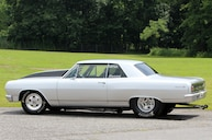1964 Chevrolet Chevelle Proves Square Is Cool