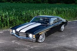 This 1971 Chevy Chevelle blends old and new tech to be a showstopper