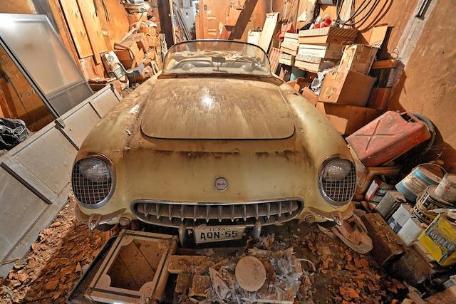 006 RareFinds 1955 Corvette Heasley