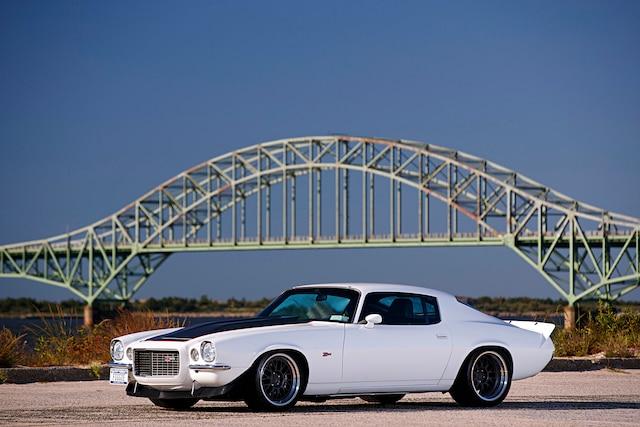 001 1972 Camaro Pro Touring White LS