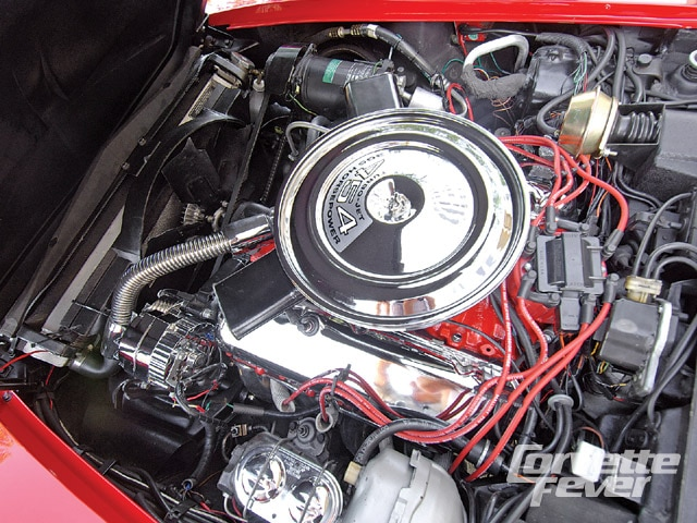 Corp_0905_03_z 1971_chevrolet_corvette Engine