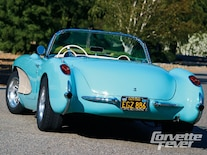 Corp_0901_07_z 1957_chevy_corvette_long_distance Rear_view