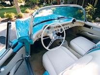 Corp_0901_05_z 1957_chevy_corvette_long_distance Interior_view