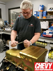0903chp_06_z 540_chevy_big_block_engine_build Bolting_in_milodon_oil_pan