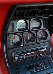 16 1980 Chevrolet Corvette Coupe Gauges