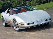 Corp_0612_06_z 1996_chevy_corvette_collector_edition Front_view