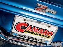 Camp_0906_08 1971_chevrolet_camaro_z28 Z28_emblem