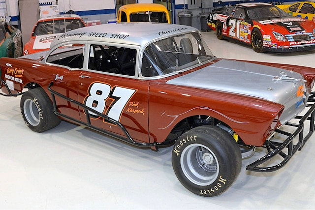 1956 Vintage Chevy Race Car 318 87 01