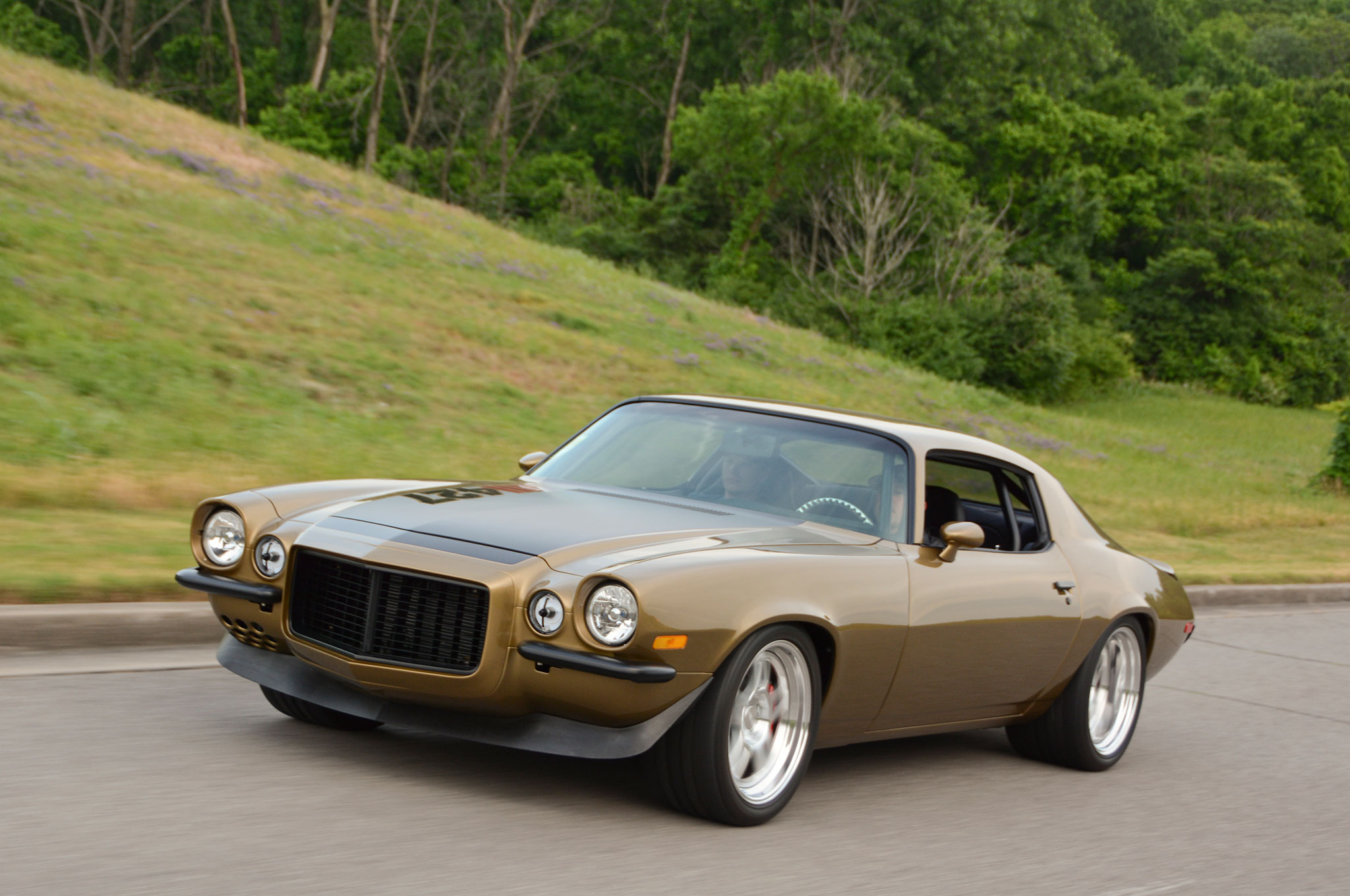 This Killer Pro Touring 1970 Camaro Rocks to an Unlikely Color