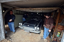 010 Barn Find 1961 Corvette Black