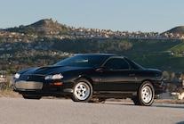 2000 Chevrolet Camaro Side View