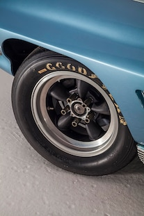 1963 Corvette Z06 Big Tank Washburn Edelbrock 005