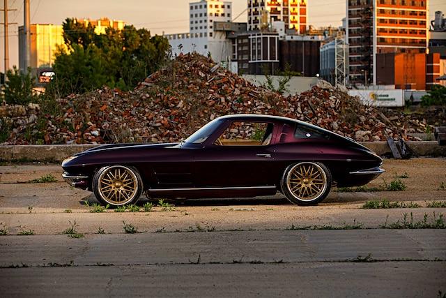 01 1963 Corvette Split Window Coupe 327 Small Block Chiuscano