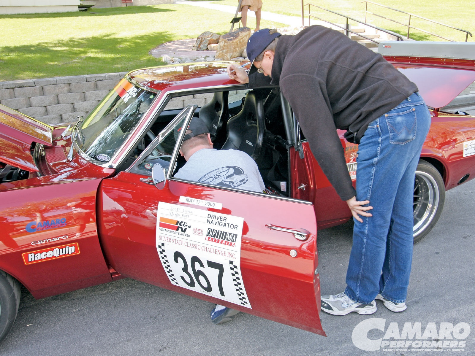 Camp_0909_05 1967_camaro_road_racing Inspection