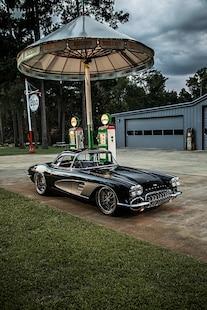 10 1961 Chevrolet Corvette C1 Sheppard