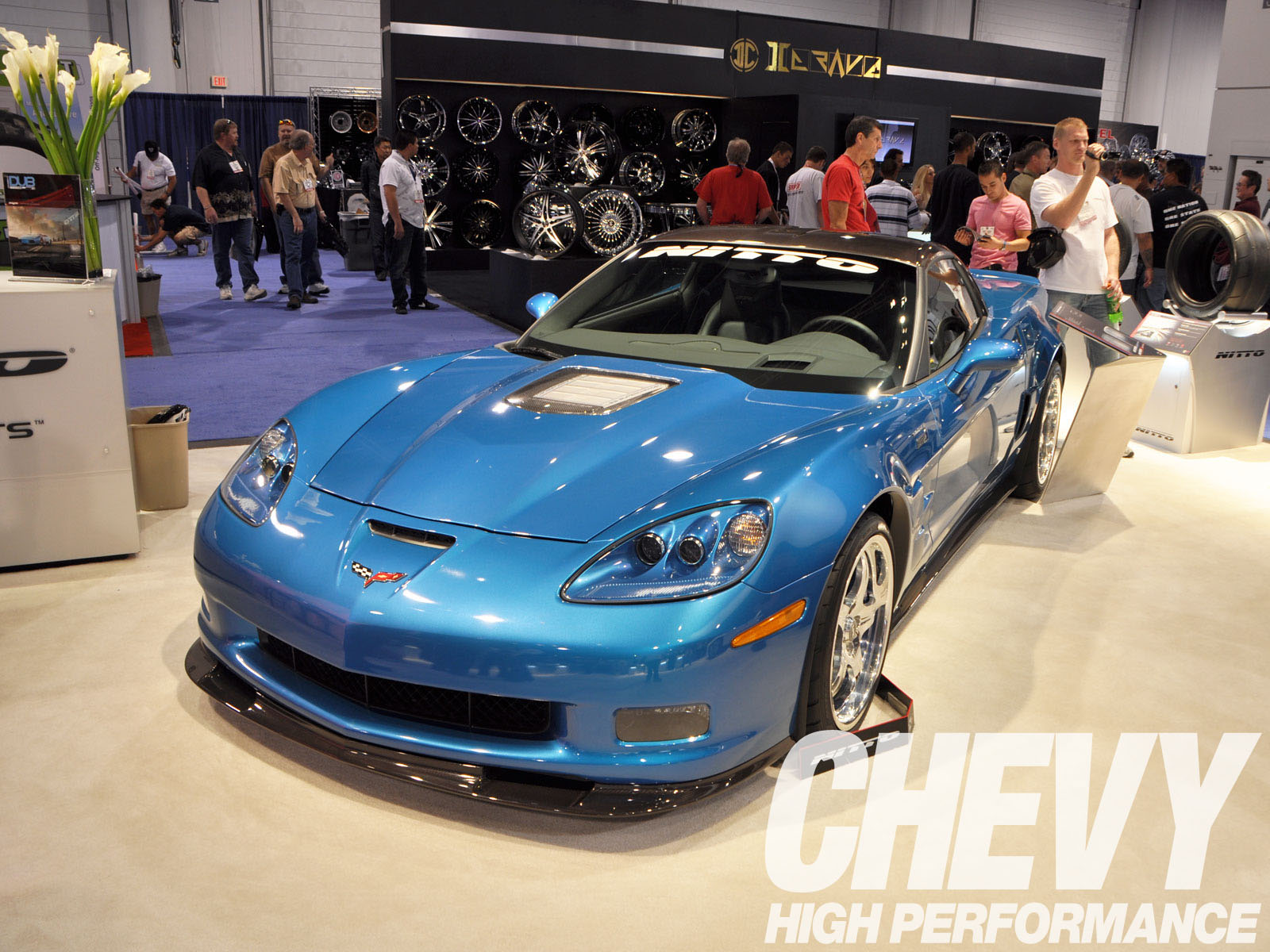 1002chp_002_z 2009_sema_show_vehicles