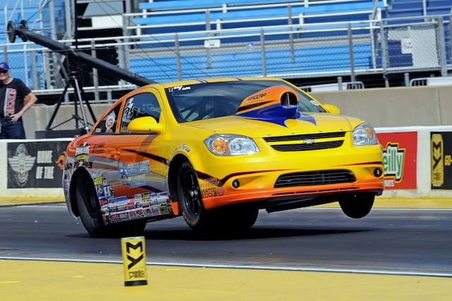 001 2010 Chevy Cobalt Wheelstand