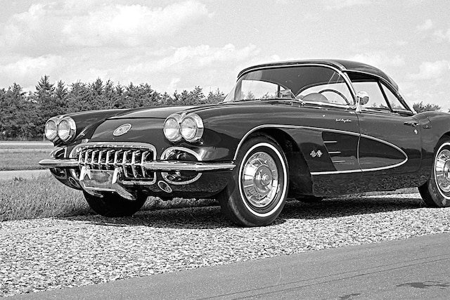 002 1958 Chevrolet Corvette Front Three Quarter
