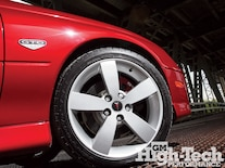 1001gmhtp_07_z 2006 Pontiac_gto_wheels