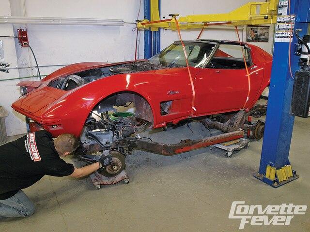Corvette Frame Swap How To Reframe Your C2 C3 Corvette Corvette Fever Magazine