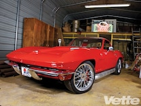 Vemp_1008_06_o 1966_chevy_corvette_coupe Front_shot