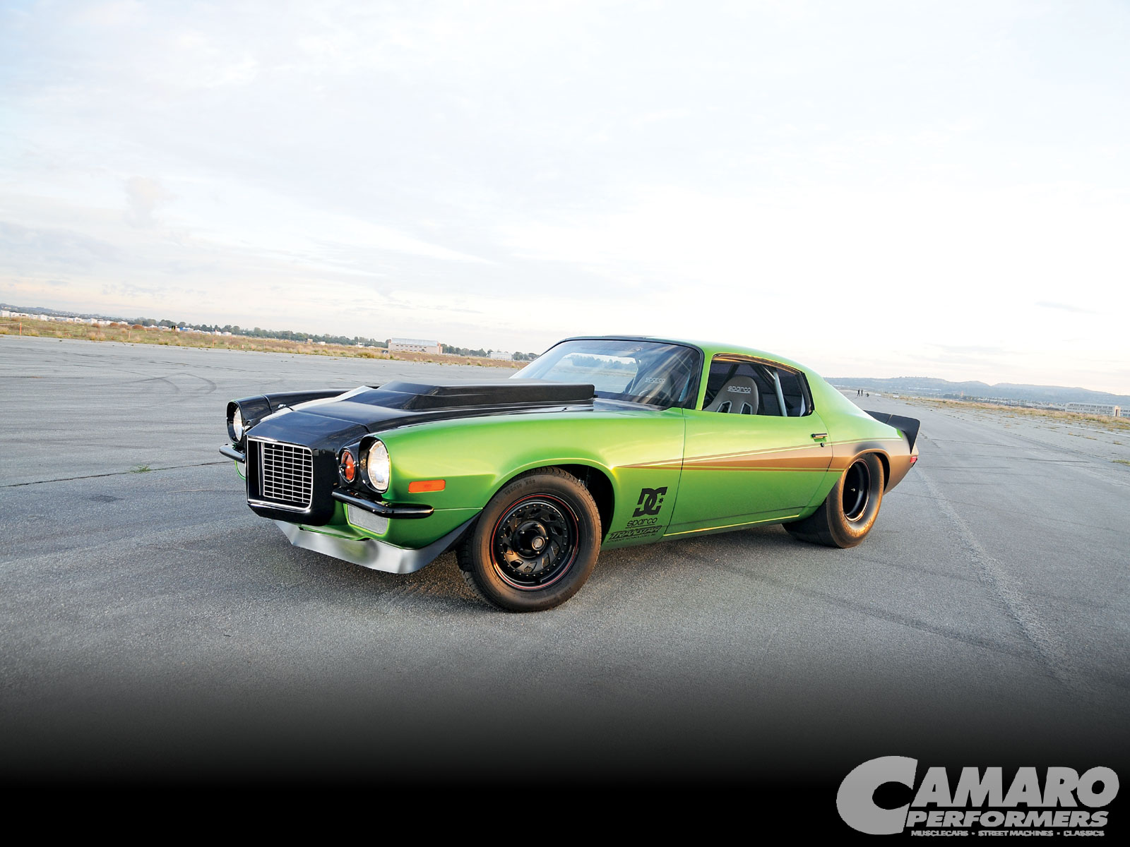 Camp_1005_01_o 1971_chevrolet_camaro