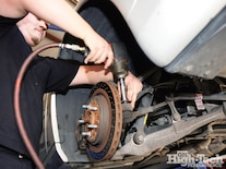 1102gmhtp_04_o Chevrolet_corvette_c6_driveline_enhancements Unbolting_spindles