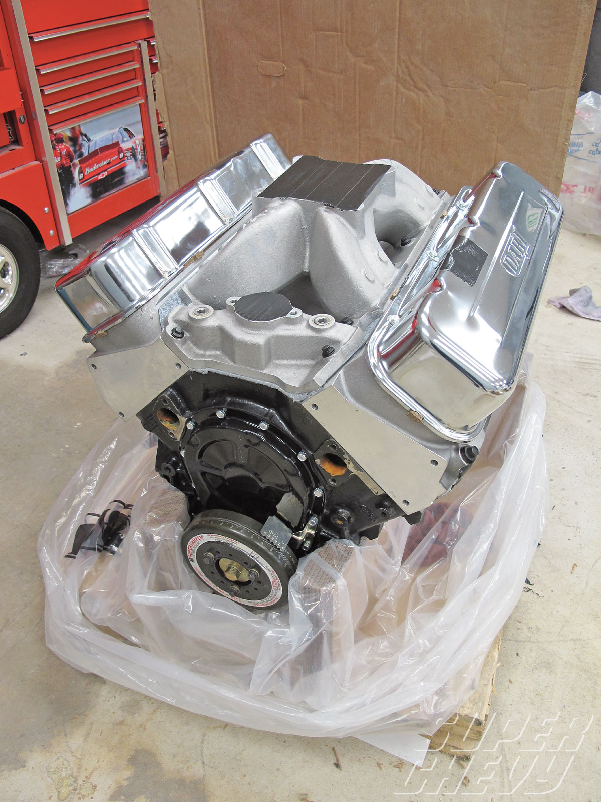 Sucp_1104_02_o 509_big_block_engine_install_for_1968_1974_chevy_novas