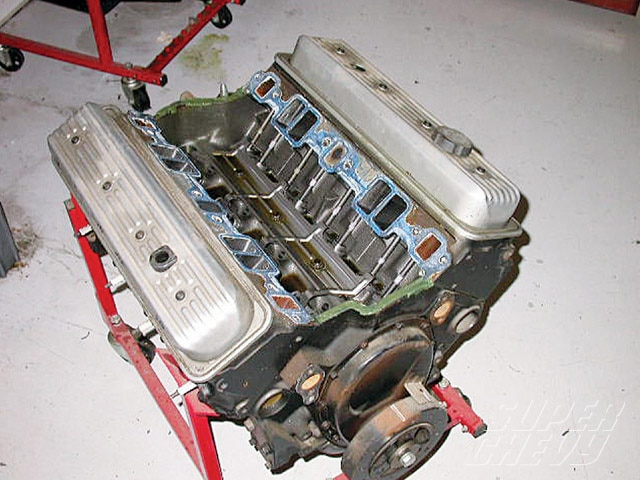 Sucp_0910_03_z Chevy_350_engine_build 350
