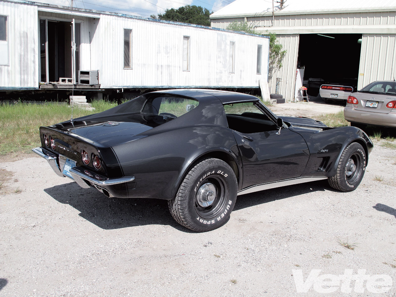 Vemp 1003 32 O 1971 Chevy Corvette Stingray Project Car Black Stingray Side View